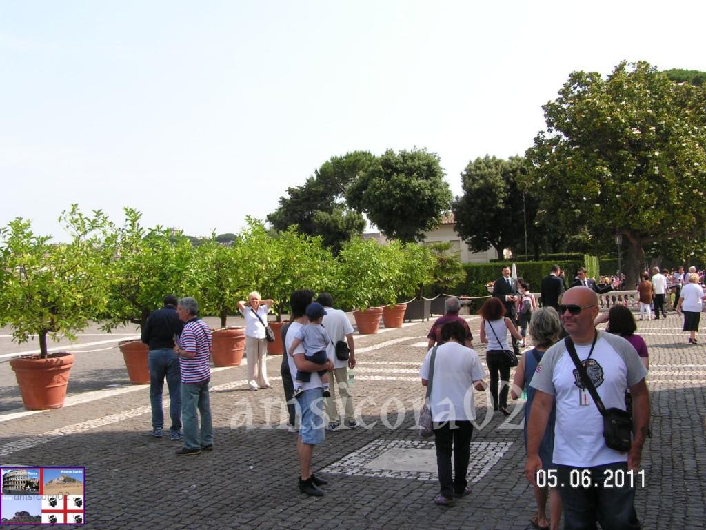 I giardini del quirinale si entra ai giardini amsicora02 - I giardini del quirinale ...
